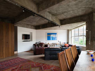 Haus2 in London Rustikale Wohnzimmer von Wars-Stol Rustikal