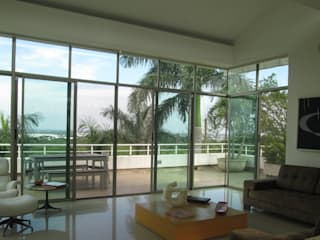Livings de estilo  por CH Proyectos Inmobiliarios