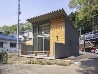 禅昌寺ガレージ: 設計組織アルキメラ 一級建築士事務所 が手掛けた家です。,