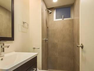 Nube Interiorismo Salle de bain moderne