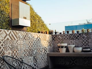 Mobiliario, acabados, closets e interiorismo dpto Ch Balcones y terrazas eclécticos de Nube Interiorismo Ecléctico