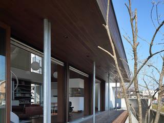 *studio LOOP 建築設計事務所 Jardines de estilo moderno