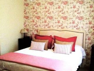 Renovación dormitorio:  de estilo  de CONSUELO TORRES