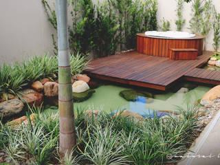 Lago Spa: Jardins  por Natural Lagos