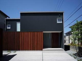 yougo m house: 髙岡建築研究室が手掛けた家です。,モダン