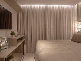 Apartamento T/E Carolina Fontes Arquitetura Quartos modernos Bege