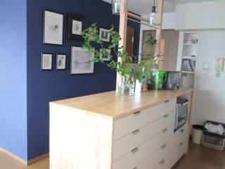 キッチンカウンター: 池田デザイン室(一級建築士事務所)が手掛けたキッチン収納です。