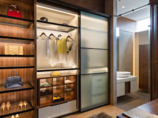 Modern dressing room by INERRE Interior Modern