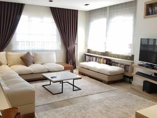 Lia Mimarlık İçmimarlık – Bülent Özkan Evi: modern tarz Oturma Odası