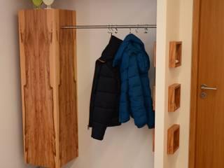 Treppenbau Biehler Corridor, hallway & stairsClothes hooks & stands Wood White
