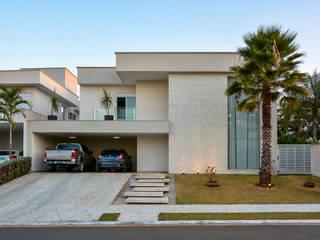 CASA AA: Casas  por ARQUIMAX ARQUITETURA