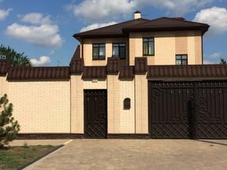 Белый: Дома на одну семью в . Автор – Архитектурное бюро 'Парамоновы',