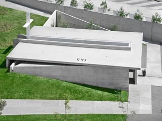 Capilla Filamentario de Di Vece Arquitectos Minimalista