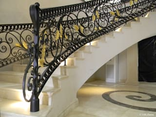 Private House in Abuja - Niger Ingresso, Corridoio & Scale in stile classico di Villi Zanini - Wrought Iron Art Classico