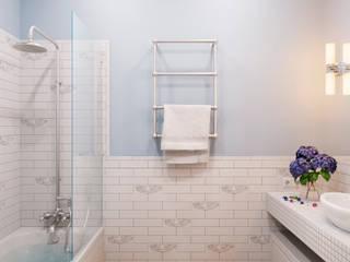 Готовый интерьер под ключ в классическом стиле : Ванные комнаты в . Автор – Tim&Team,