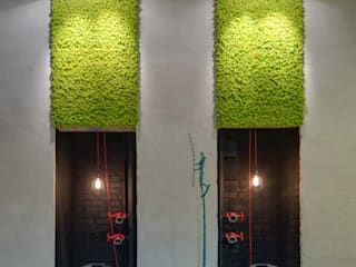 Reindeermoss - green wall decor by Moss Trend Modern Study Room and Home Office by Moss Trend Modern