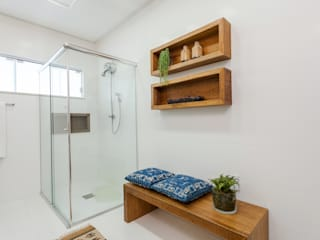 Banheiro Social: Banheiros  por Escritorio de Arquitetura Karina Garcia,Moderno