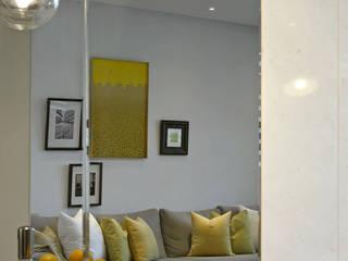Scandinavian style living room by 楊允幀空間設計 Scandinavian
