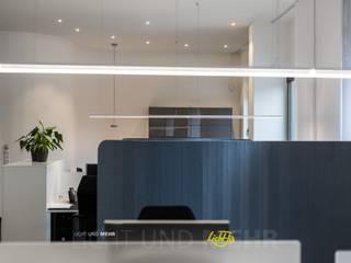 by Lichtja Licht und mehr GmbH Modern