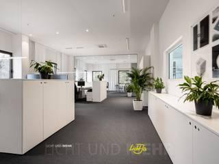 Offenes Büro:  Bürogebäude von LichtJa - Licht und Mehr GmbH