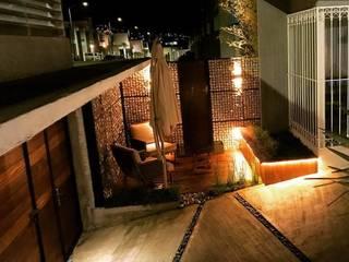 Moderner Balkon, Veranda & Terrasse von [GM+] Arquitectos Modern