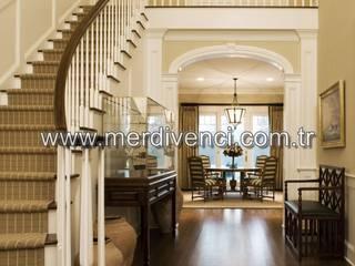 Couloir et hall d'entrée de style  par Merdivenci, Classique