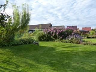 Hausgarten in Friedrichswalde  (Barnim): klassischer Garten von Gartenarchitekturbüro Timm