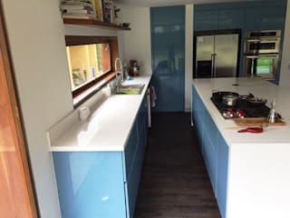 MODE ARQUITECTOS SAS Modern kitchen Blue