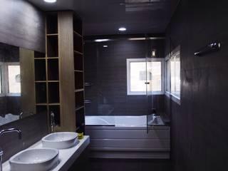 Black House (강원도 평창 전원주택)-화장실 모던스타일 욕실 by 위즈스케일디자인 모던 타일