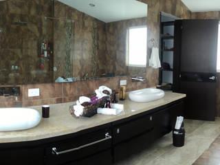 حمام تنفيذ Arquitectos y Entorno S.A.S