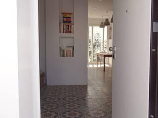 Duplex La Marsa B.A-Studio Mediterranean corridor, hallway & stairs