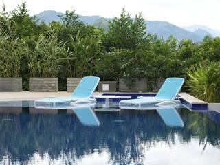 Casa Olarte Moure Anapoima Piscinas de estilo moderno de Arquitectos y Entorno S.A.S Moderno