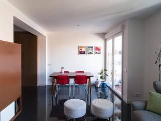 Salle à manger de style de style Moderne par estudio551