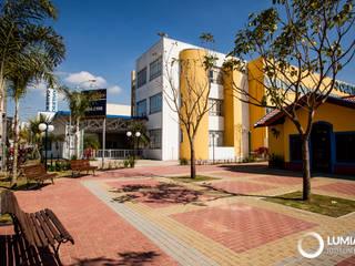 Colégio Objetivo - S. J. dos Campos por Felipe Mascarenhas Paisagismo Moderno