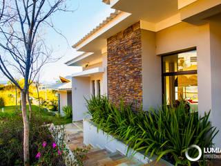 Residencial - Caçapava Jardins modernos por Felipe Mascarenhas Paisagismo Moderno