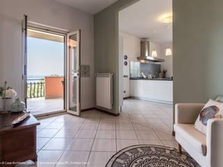Koridor & Tangga Modern Oleh Sapere di Casa - Architetto Elena Di Sero Home Stager Modern