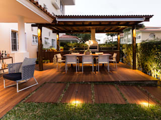 Tropical style balcony, veranda & terrace by branco arquitetura Tropical