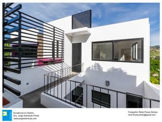 Rumah tinggal  by Excelencia en Diseño