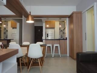 Salas de estilo moderno por Maria Helena Torres Arquitetura e Design