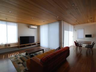 舞木の家 モダンデザインの リビング の 熊倉建築設計事務所 モダン