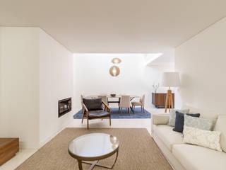 Phòng khách by João Boullosa