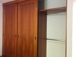 Closet :  de estilo  por INOVARDI