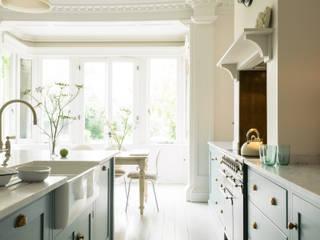 The South Wing Kitchen by deVOL deVOL Kitchens Classic style kitchen Blue