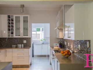 Kitchen units by Ergo Designer Kitchens and Cabinetry, Modern