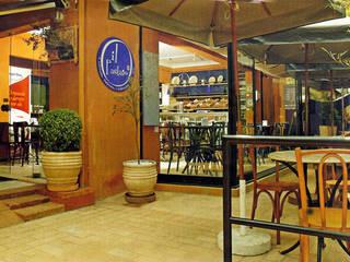 Rozânia Nicolau Arquitetura & Design de Interiores Rustikale Gastronomie