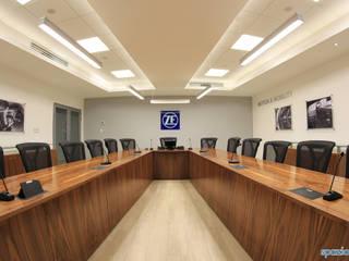 Sala de juntas en ZF sachs Ramos Arizpe Salas multimedia minimalistas de spazio interiores Minimalista