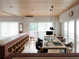 ENSEMBLE 北欧デザインの ダイニング の 内海聡建築設計事務所 北欧