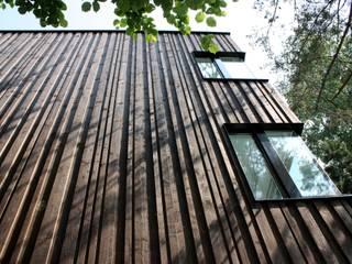 Moderne Häuser von Pini&Sträuli Architects Modern