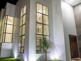 Casa Eficiente por MARCIA EBERT ARQUITETURA E INTERIORES Moderno