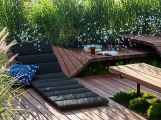 Roof Deck Moderner Balkon, Veranda & Terrasse von Ecologic City Garden - Paul Marie Creation Modern